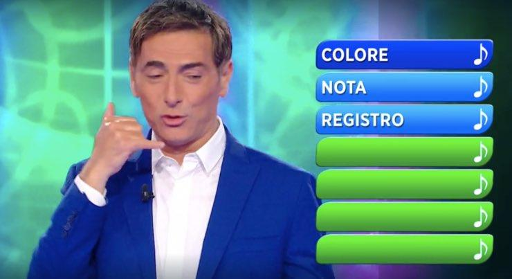 Maro Liorni 'chiama' Tiziano Ferro a Reazione a Catena: tutto in diretta