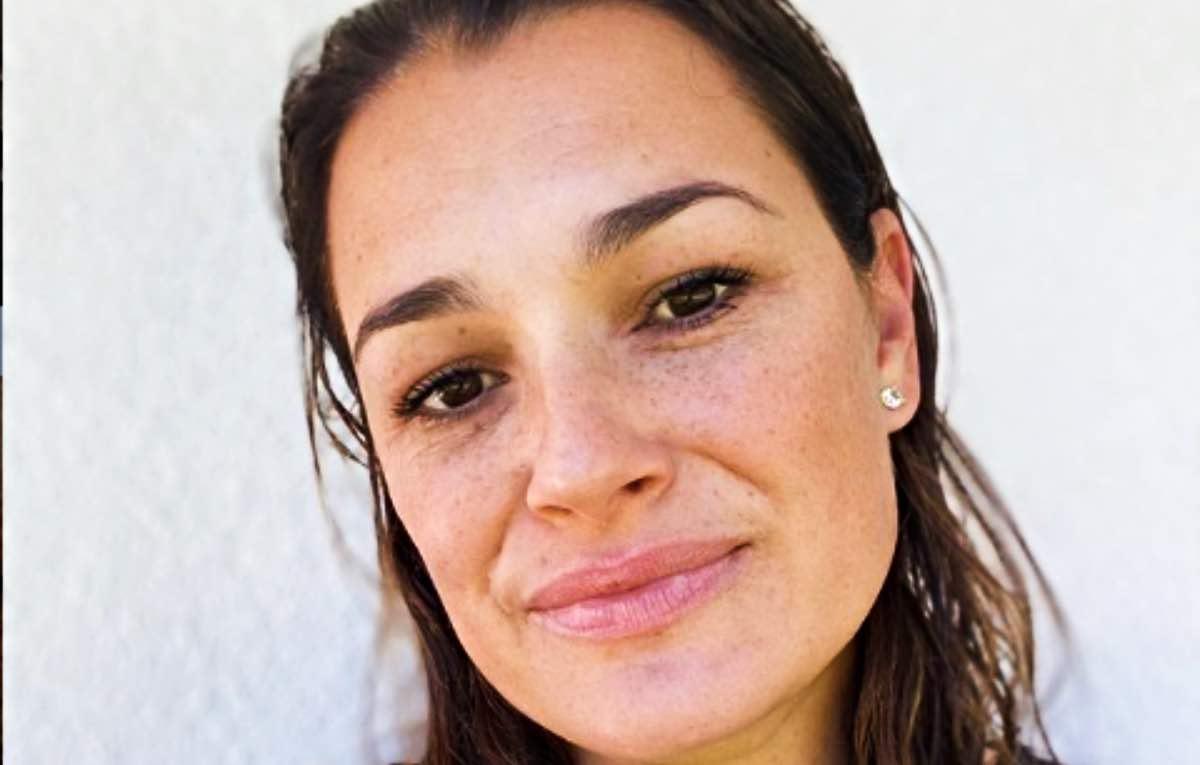 Alena Seredova, avete mai visto sua sorella? 2 gocce d'acqua