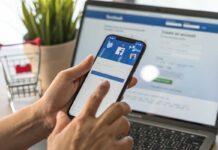 Facebook, profilo (AdobeStoc)