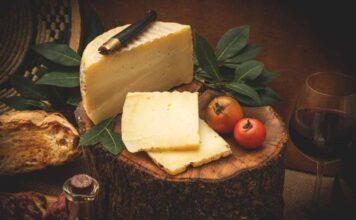 Attenzione a questo noto formaggio: può essere nocivo