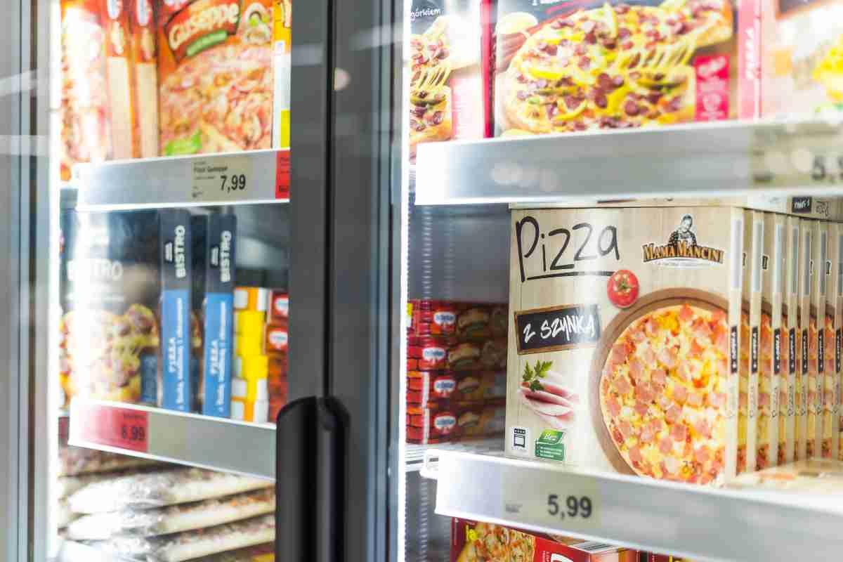 Pizza surgelata (AdobeStock)