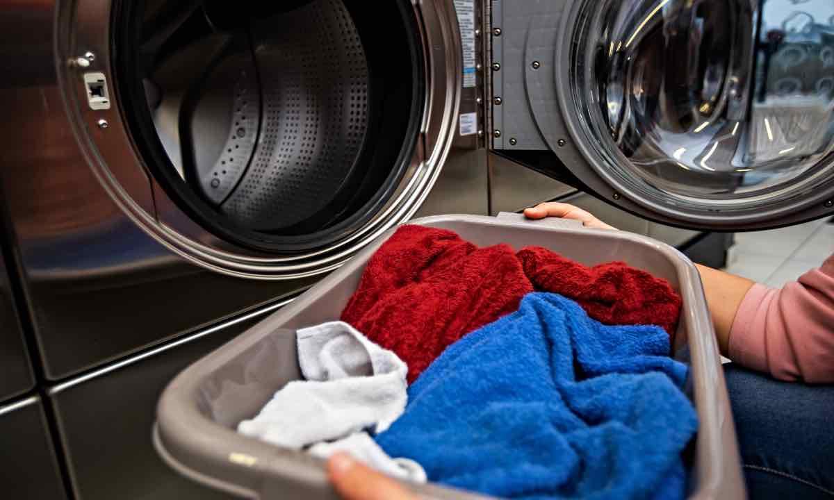 Bolletta e lavatrice, come risparmiare? Il trucco a cui pochi pensano