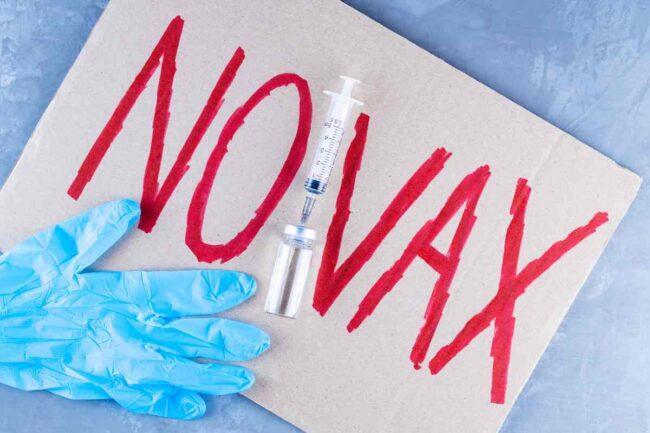No Vax (AdobeStock)