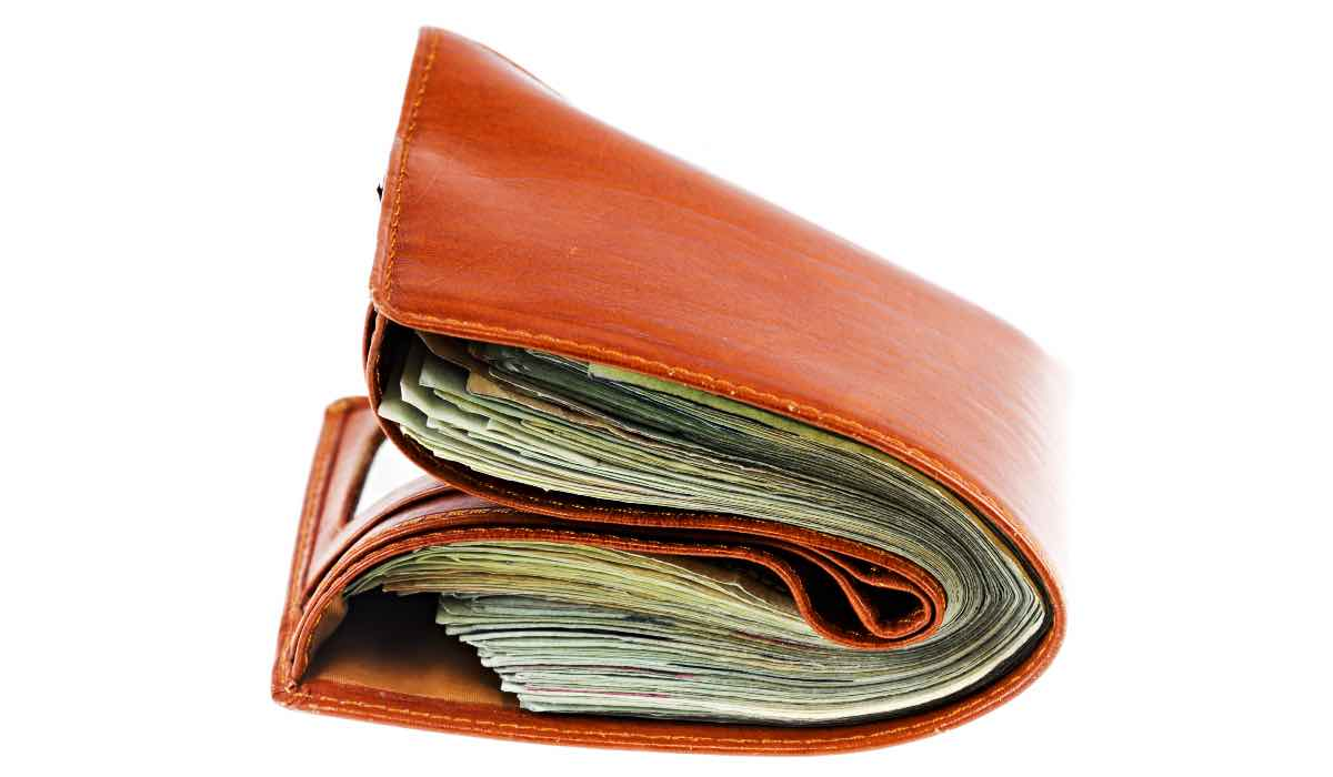 Come risparmiare mese dopo mese: portafoglio più pieno con queste mosse
